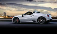 Alfa Romeo 4C Spider White side