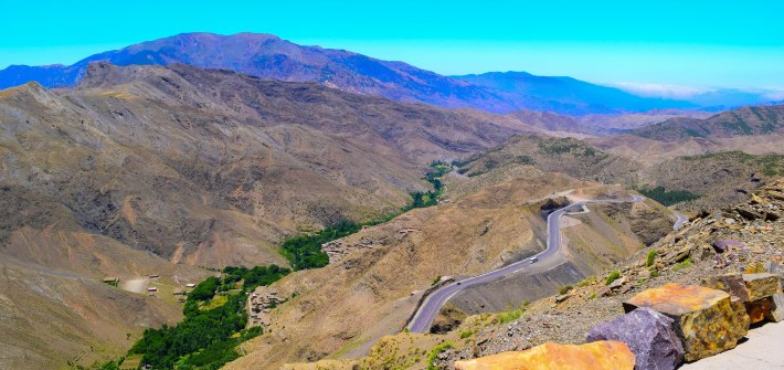The truth about the drive to tizi n'tichka pass_morocco_driving_the truth_experience_roads_marrakech to desert_hairpin_canyon_beautiful_not_dangerous_mountain top view