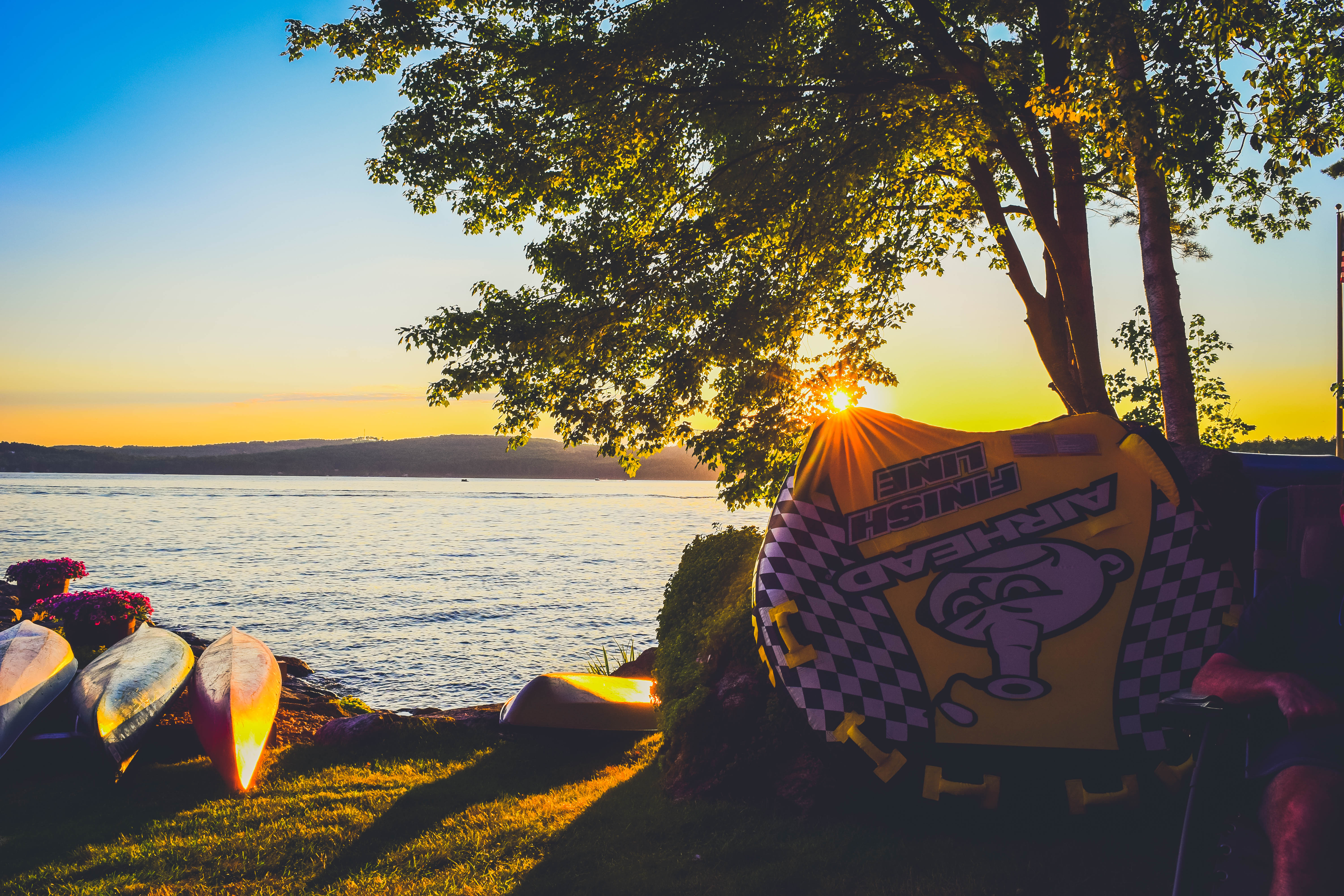 Lake Winnipesaukee_New Hampshire_Travel Guide_What to do_What to See_sunset_lake house_nature_beautiful_photography
