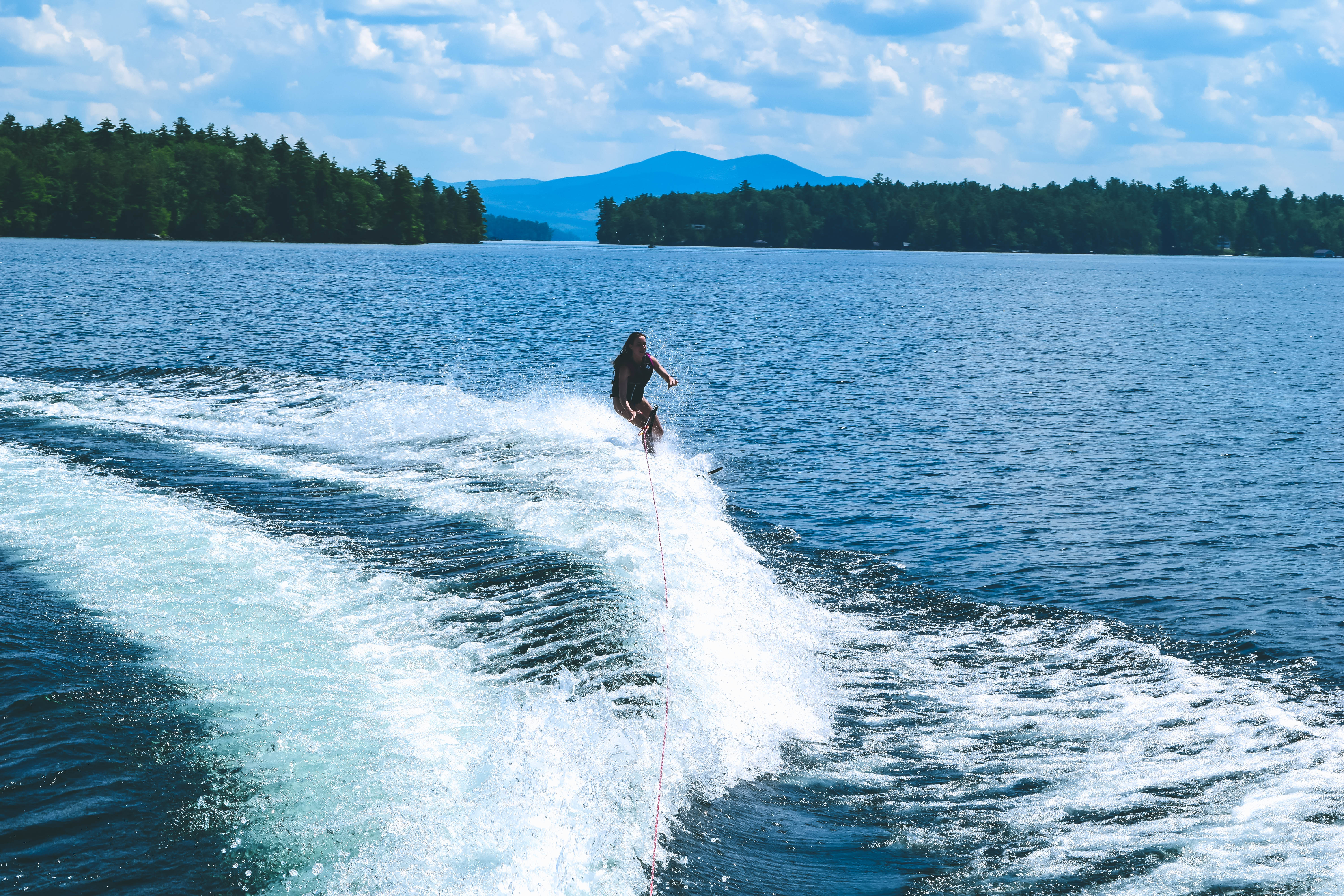 Lake Winnipesaukee_New Hampshire_Travel Guide_What to do_What to See_waterski_sport_active_healthy_fit_nature