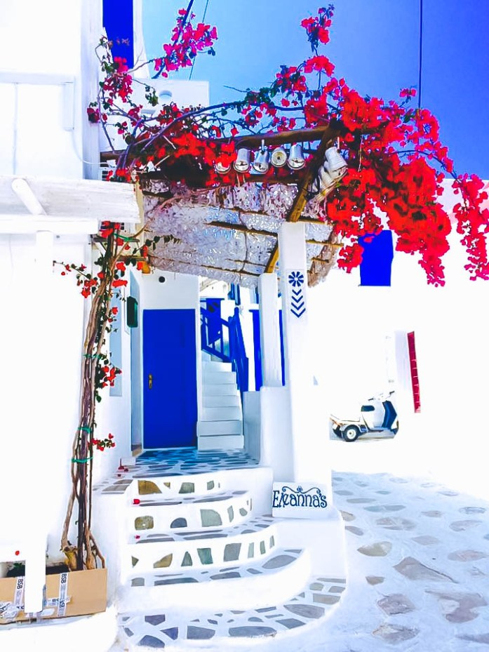 Mykonos_Travel Guide_What to Do_Where to go_beaches_What to eat_where to eat_mykonos town_blog_review_recommendations_eleanna's_apartment_house_where to stay_hotel_central