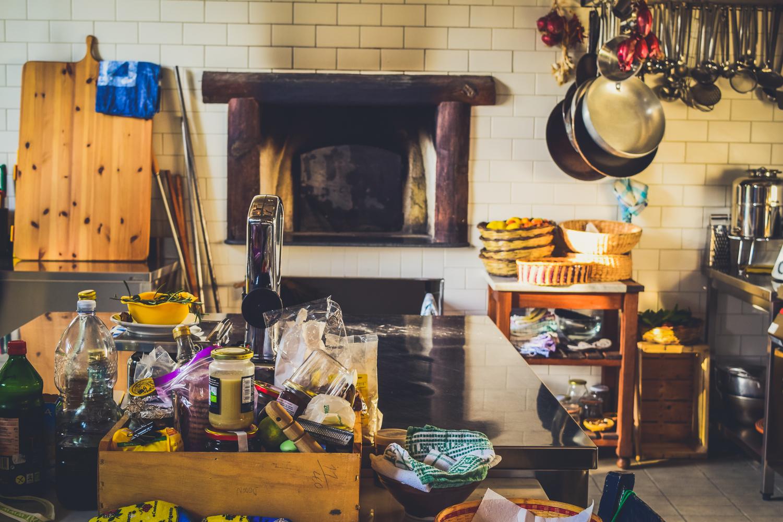 Travel guide to sicily fontes episcopi bio resort where to stay in sicily sicilia near agrigento italy-41 kitchen