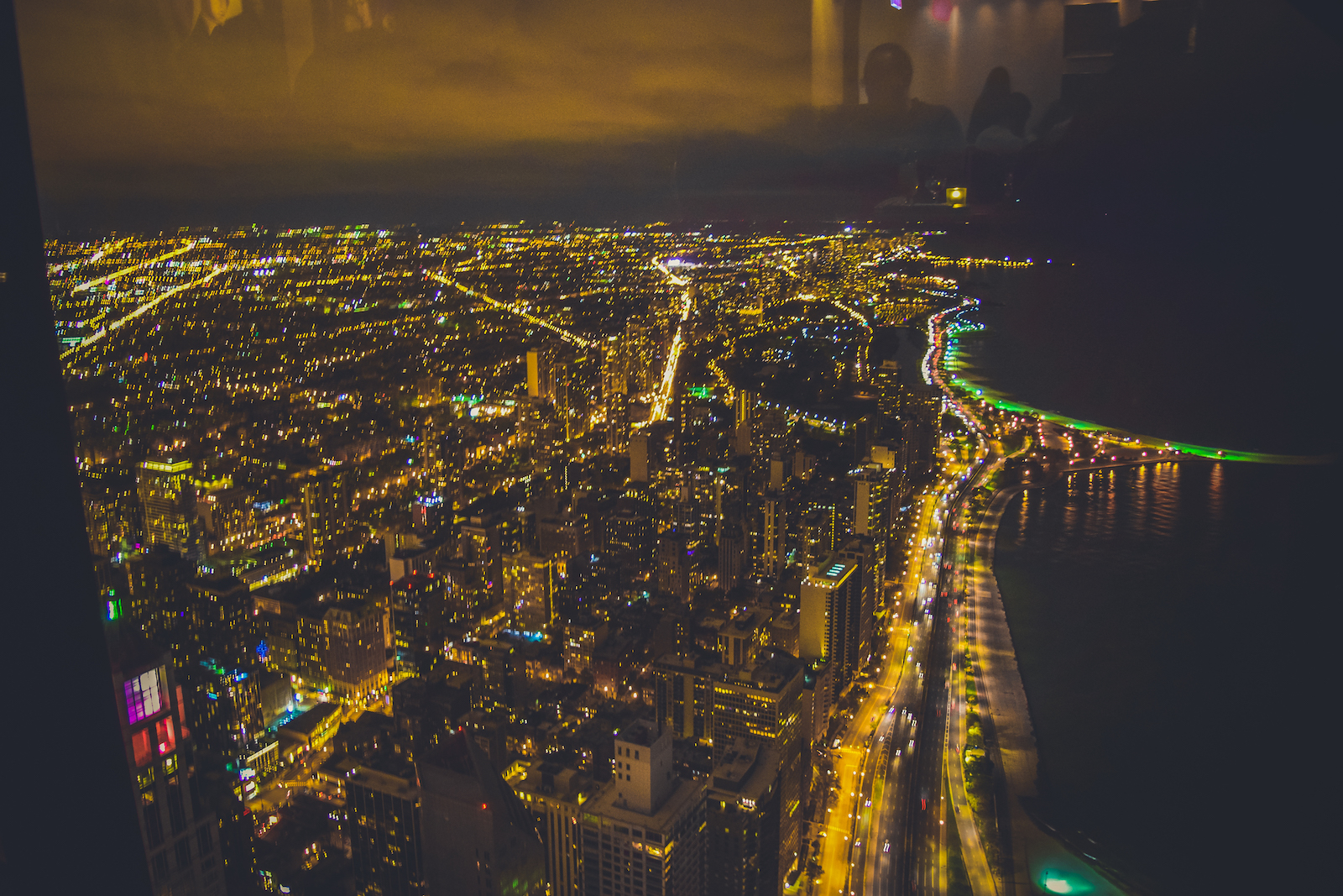 Top 8 Places To Explore In Chicago At Night John Hancock Center Signature Lounge at 96th Travel guide to chicago illinois blog what to do what to see where to go 3 days-100