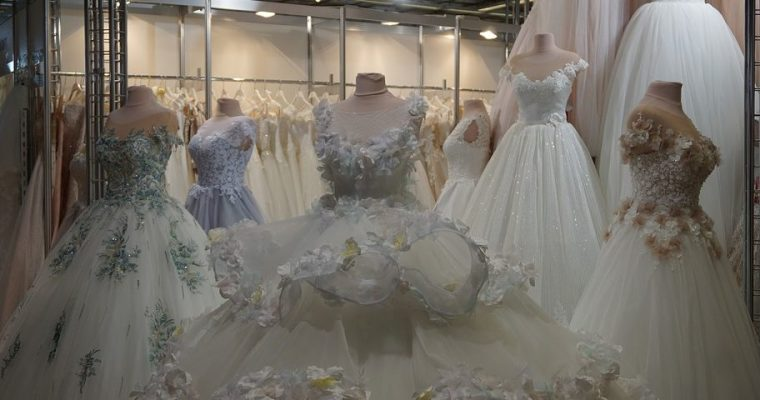 Svatební šaty za ceny půjčovného?