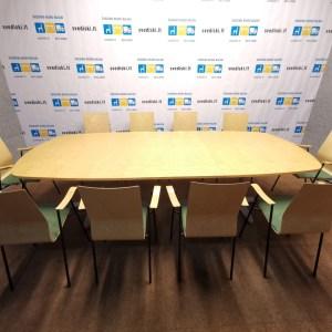 biuro kėdės ir konferencinis stalas - geltona pilka žalia spalva svediski.lt, Stabilus biuro baldai, pakeliamas stalas, pakeliami stalai, darbo stalas, kampiniai darbo stalai, darbo kedes, lentynos spintos, komodos, konteineriai, zurnaliniai staliukai, spinteles, pakabinamos lentyneles, biuro komplektai, daiktadezes, biuro baldai namams, ofiso baldai, ofiso baldai verslui, konferenciju kedes, biuro lentynos, biuro spinteles, biuro spintos, baldai verslui, ergonomiskos kedes, ergonomiski stalai, ergonomiskas stalas, ergonomiska kede, ergonomiska spinta, ergonomiska spintele, stalciu blokai, spintos su stiklinemis durelemis, magnetines lentos, balta magnetine lenta, konferenciju stovai, vadovo biuro baldai, darbuotojų biuro baldai, Lankytojų kėdės, konferencines kedes, vilnius, kaunas, klaipeda, siauliai, panevezys, Efg, Martela, Edsbyn, Linak, Swedstyle, Horreds, Skandiform, Materia, Martinstoll, NC Nordic Care, Drabert, prabangus biuras, puikios, aukstos kokybės modernūs ergonomiški biuro baldai
