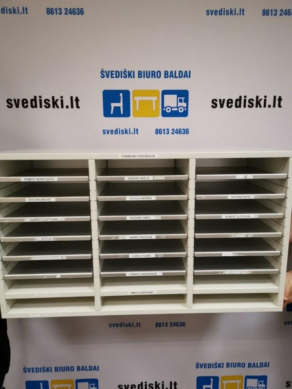 Švediški Lt.pilka spintelė sumetalinėmis Lentynomis, Švedija