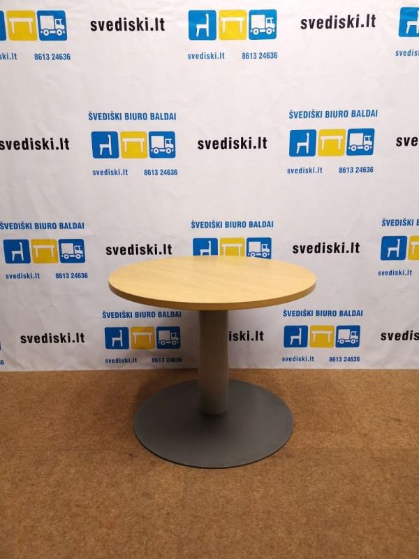Švedija lt. Apvalus Stalas Su Ąžuolo Lukštu Ir Metaline Koja, Švedija