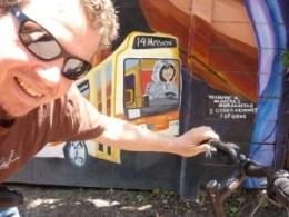 sven-bike-mural-selfie