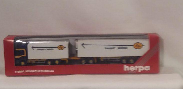 Herpa Scania 141 Jumbokoffer-Sattelzug 307321