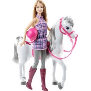 Barbie und Pferd