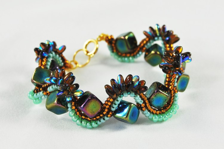 Wet Rocks Beaded Bracelet - Svetlana.gallery
