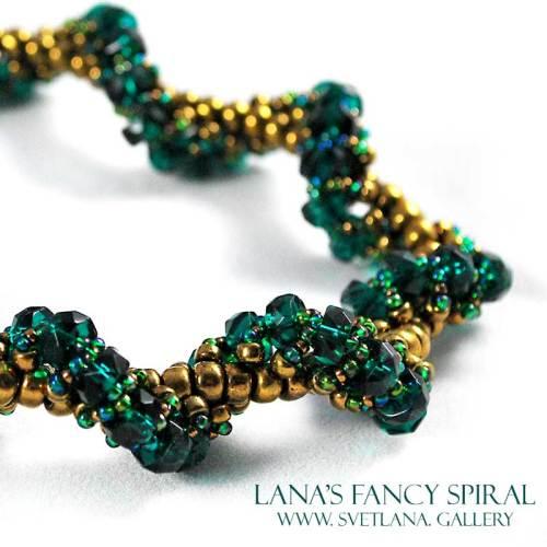 Lana's Fancy Spiral Green Version - Bead Pattern Gallery