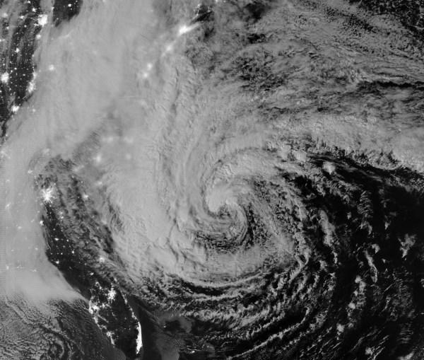"""Uragan """"Sendi"""" u slikama i brojevima 1"""