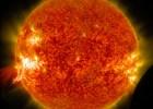 Sunce, solarna erupcija i Mesec [03.02.2014] 1