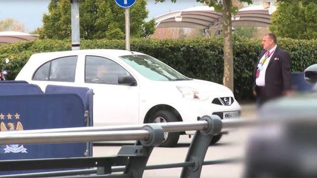 Navas i njegovo neobično auto (2)