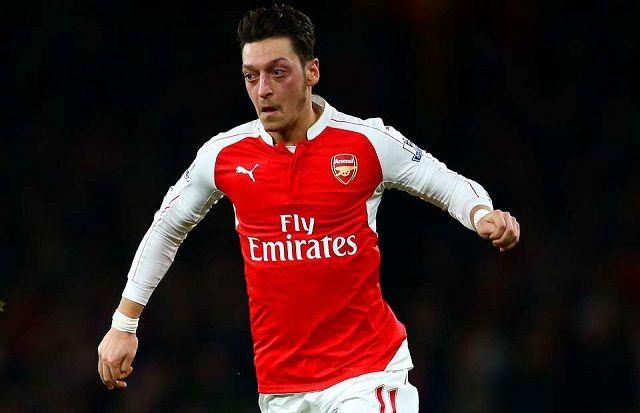 Navijači Chelseaja ismijavali Mesuta Ozila