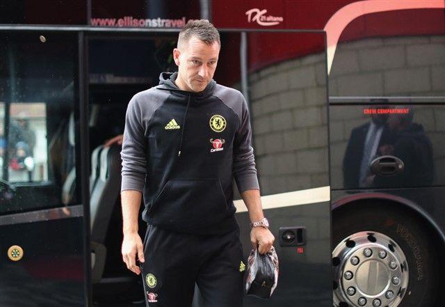 Conte: Terry neće otići, on je jako važan igrač za mene