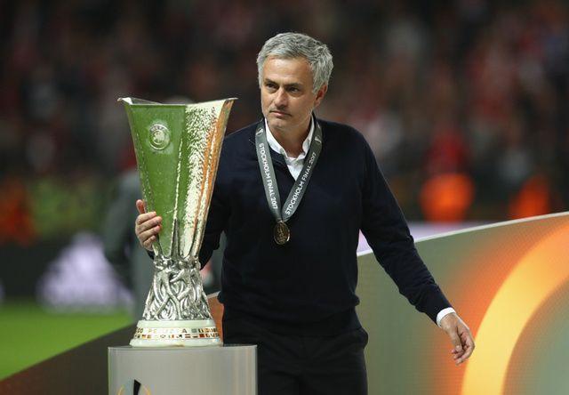 Evo šta je Jose Mourinho rekao Alexu Fergusonu nakon osvajanja Europske lige