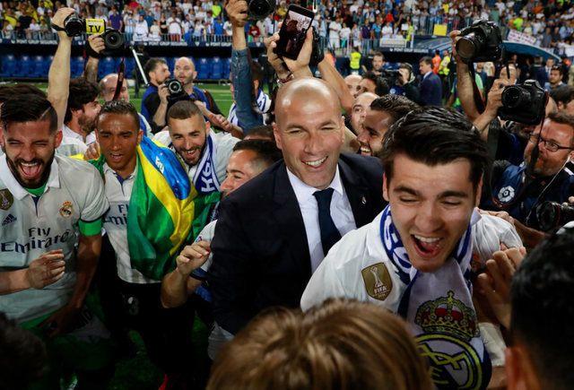 VIDEO: Pogledajte šta su igrači Real Madrida uradili Zidaneu nakon osvojene titule
