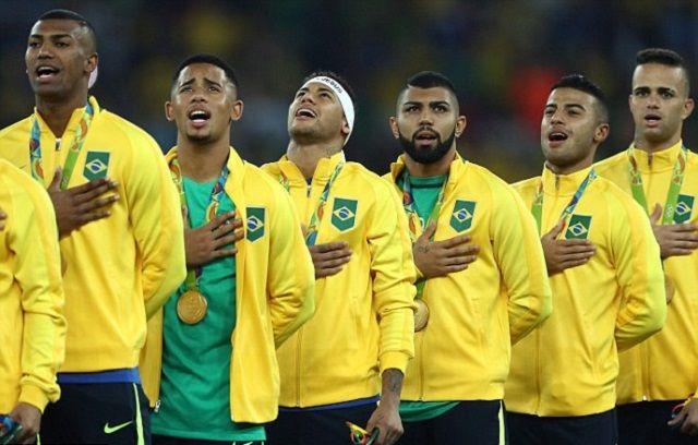 Propali talenat seli u Englesku? Sedam klubova iz Premier lige zainteresirano za brazilskog internacionalca