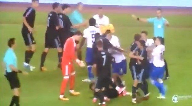 VIDEO: Kakve scene u zadnjim minutama utakmice na Poljudu, da li je Hajduk oštećen?