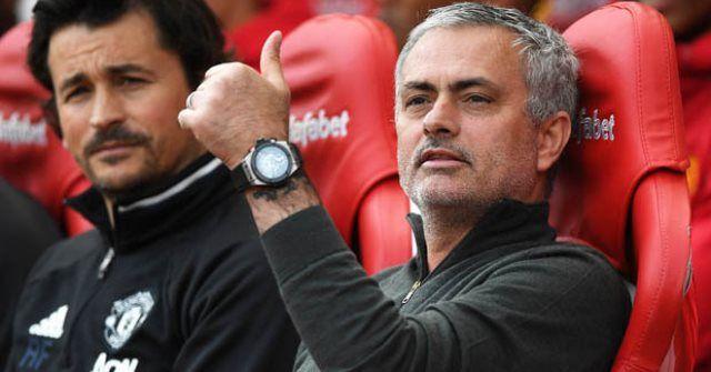 Manchester United dovodi