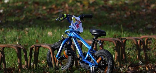 Bike Child S Bike Wheel Cycling  - schauhi / Pixabay