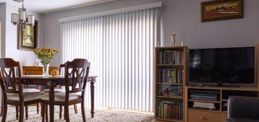 Home Interior Vertical Blinds  - mploscar / Pixabay