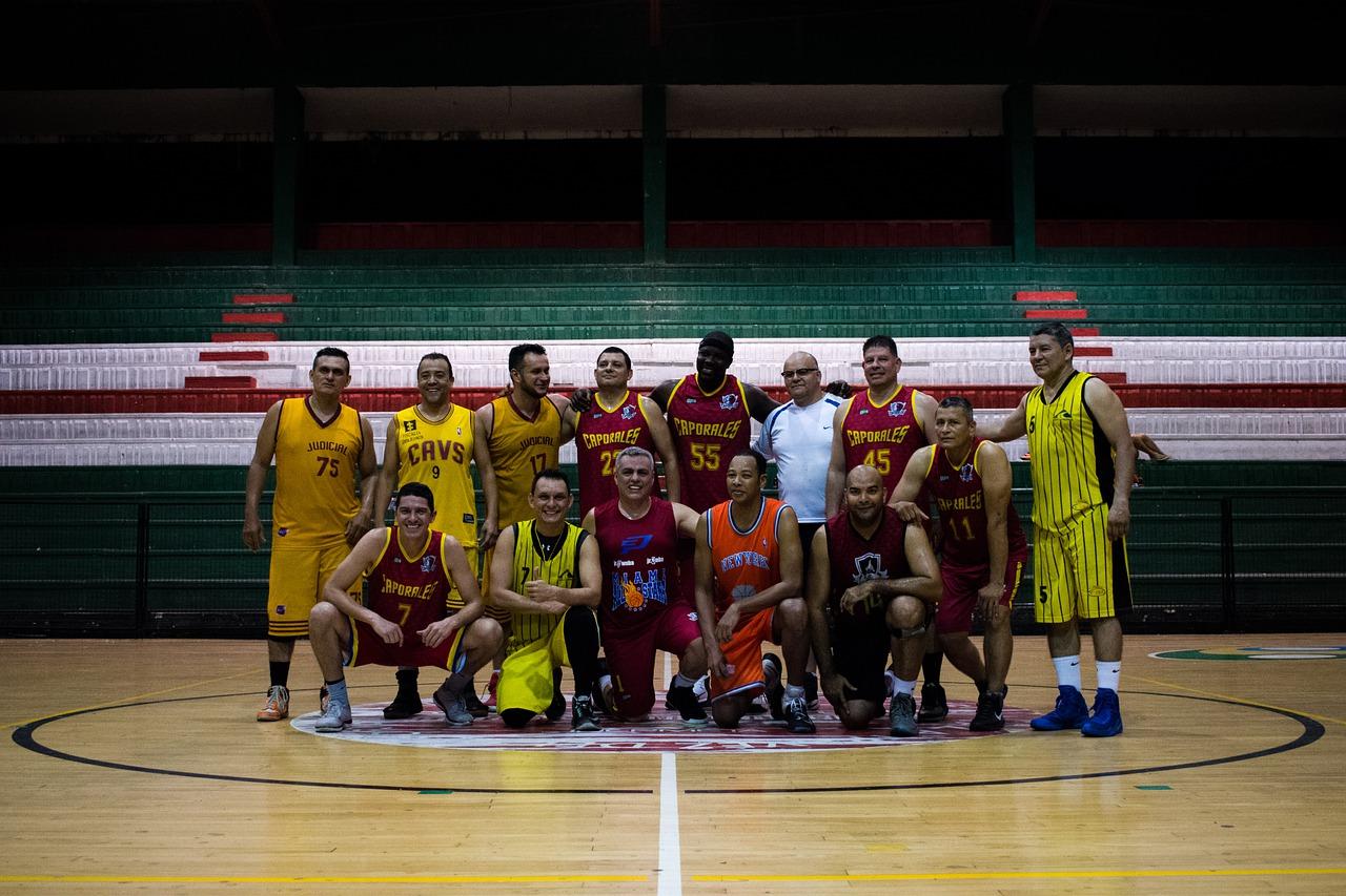 Team Basketball Players Tournament  - AndresDeOsma / Pixabay