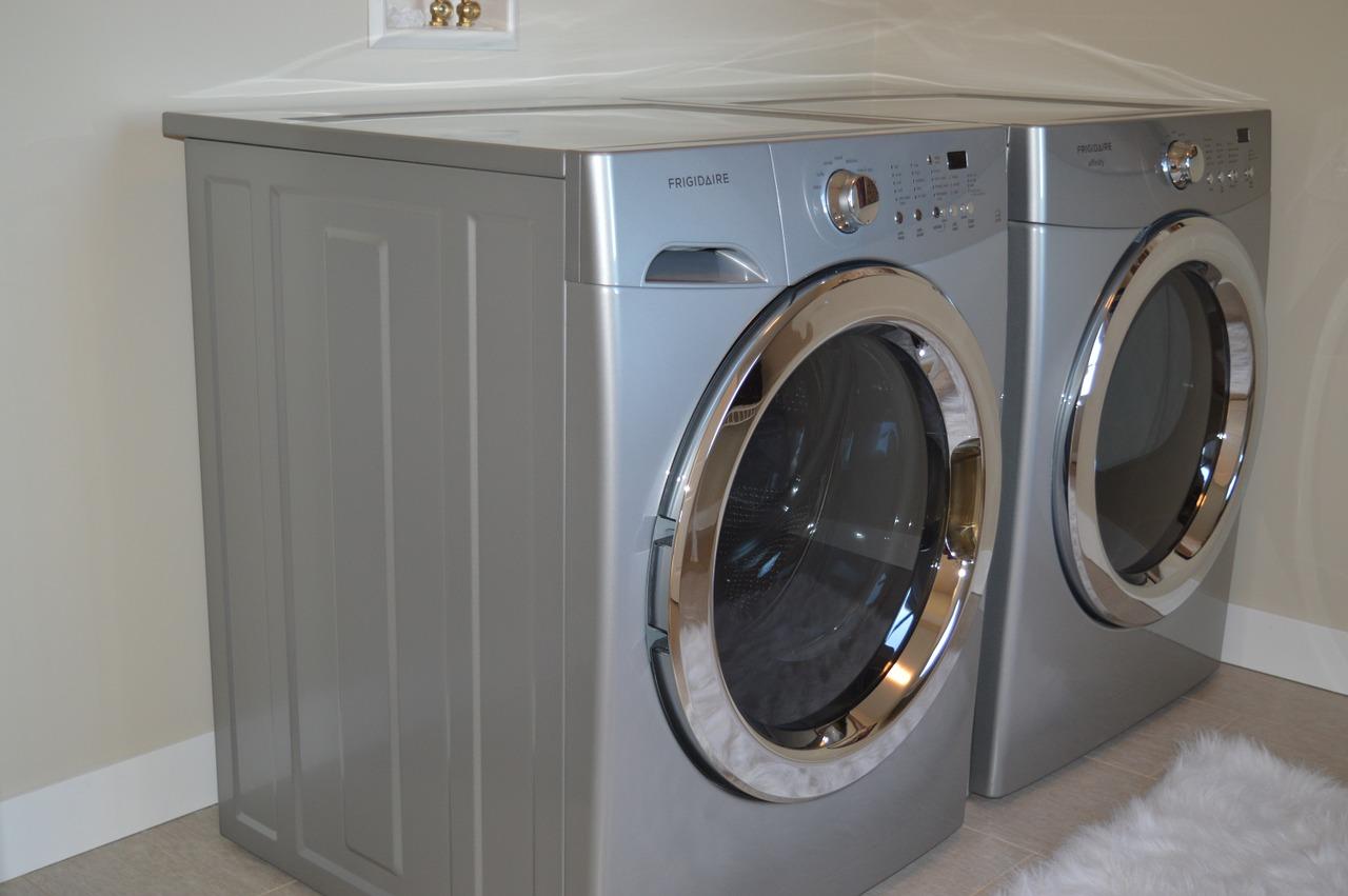 Washing Machine Dryer Appliances  - ErikaWittlieb / Pixabay