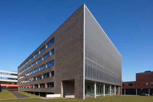 LEUVEN UNIVERSITY (KUL)<br><span style='color:#31495a;font-size:12px;'>Leuven Chem & Tech, lab for Industrial Chemistry (KUL)</span>
