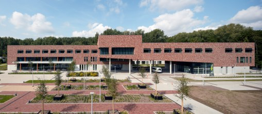 HOF TER SCHELDE<br><span style='color:#31495a;font-size:12px;'>Residential care centre, nursing flats, Poly Clinic, underground parking space, landscaping</span>