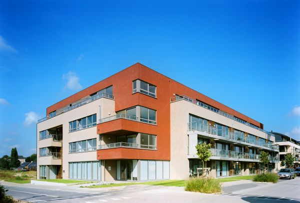 Residential apartment complex  Ontario, Temse