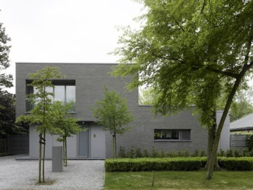 VILLA BELL<br><span style='color:#31495a;font-size:12px;'>Particuliere woning </span>