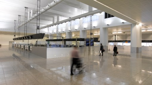 BRUSSELS AIRPORT COMPANY<br><span style='color:#31495a;font-size:12px;'>Check-inn hall</span>