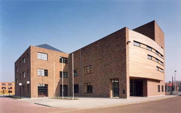 Town Hall Dessel - Renovation offices (old Campina brewery)