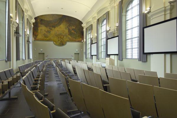 Gerenoveerd Sint-Rochusklooster (ITG), klaslokalen voor mastercursussen Volksgezondheid en ziektecontrole