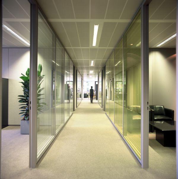 Public transport company De Lijn, Office building & car park