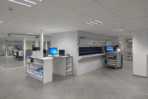 CAMPUS SINT-AUGUSTINUS<br><span style='color:#31495a;font-size:12px;'>Distribution pharmacy</span>