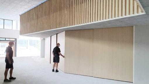 UNIVERSITEIT ANTWERPEN<br><span style='color:#31495a;font-size:12px;'>Renovatie en interieur Aula Fernand Nédée | kleine aula & foyer</span>