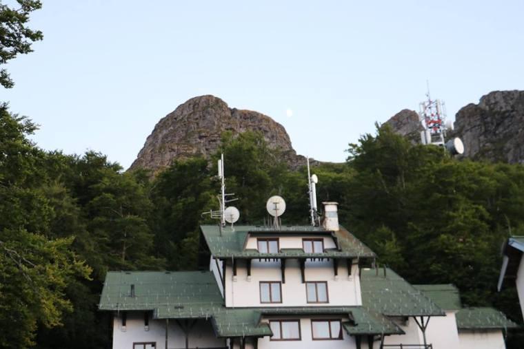 Hotel ispod Babinog zuba, foto: M. Miladinović, Svrljiške novine