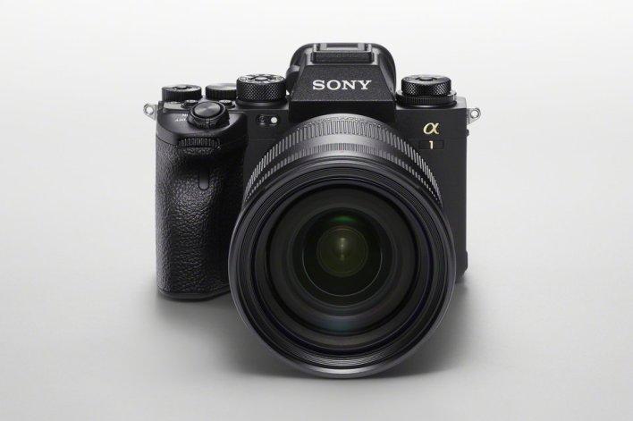 سوني تطلق A1 قنبلة الكاميرات الرقمية الجديدة