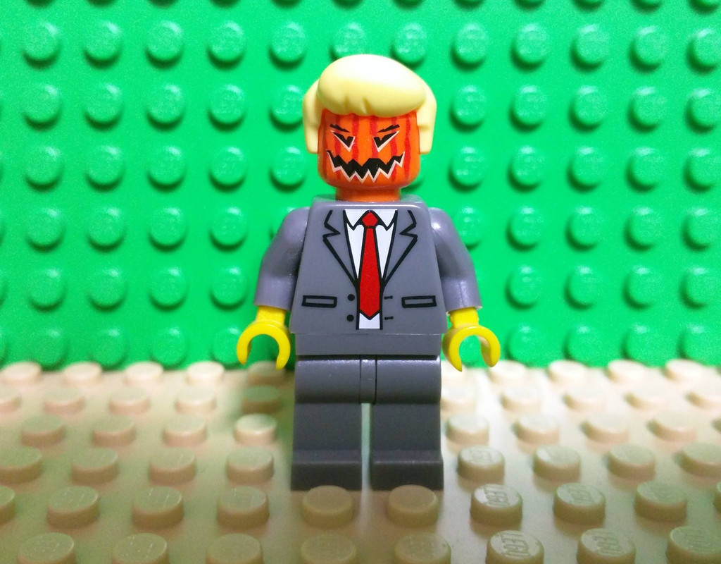 Faire Donald Trump en Lego