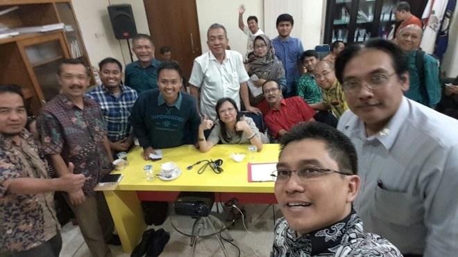 """Y Joko Setiyanto bersama Pengurus Alumni UNDIP DPD DKI Jakarta, """"Guyub Gayeng nGrejekeni"""""""