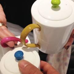 Kitchen Back Splashes Rolling Island With Seating 厨房飞溅委员会手绘丙烯酸艺术 在这个例子中 我的客户想与深受喜爱的保罗 史密斯晚餐服务的颜色相呼应