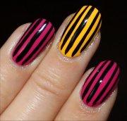 nail art vertical stripe nails