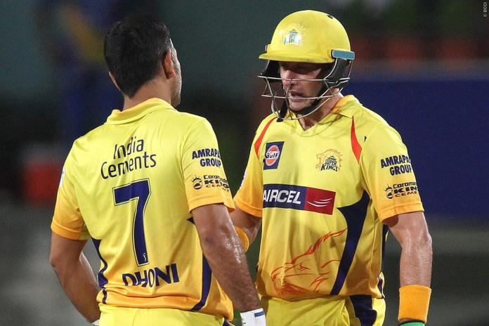 MS Dhoni and Michael Hussey