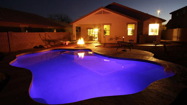 Does a Pool Increase Your Phoenix House's Value?