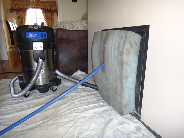 Chimney sweeping descaling and cleaning service