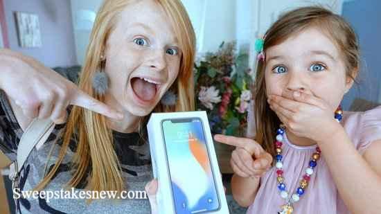 Family Fizz iPhone XS Giveaway (Familyfizz.tv)